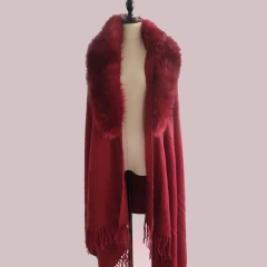 New Arrival Fashion Fur Cape Wholesale Women Elegant Eco-Friendly Customize Faux Fur Shawl